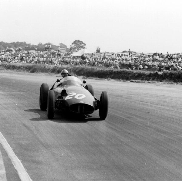 1958 British Grand Prix.Silverstone, England.17-19 July 1958.Harry Schell (BRM P25) 5th position.Ref-2219.World Copyright - LAT Photographic