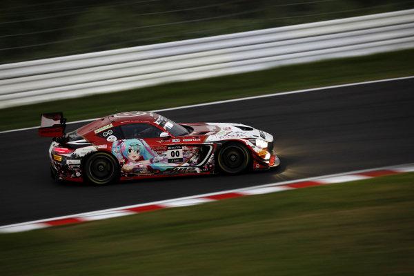 #00 Mercedes-AMG Team Goodsmile Mercedes-AMG GT3: Nobuteru Taniguchi, Tatsuya Kataoka, Kamui Kobayashi.