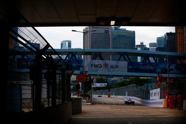 Suzuka Circuit, Japan. Sunday 09 October 2016. Sam Bird (2, DS Virgin Racing) World Copyright: Zak Mauger/LAT Photographic ref: Digital Image _X0W1824