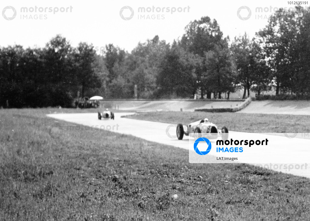 Monza, Italy. 13 September 1936.Ernst von Delius, Auto Union C, 3rd position, leads a team-mate through one of the temporary chicanes, action.World Copyright: Robert Fellowes/LAT PhotographicRef: 36ITA08