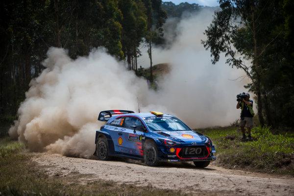 2017 FIA World Rally Championship, Round 13, Rally Australia 2017, 16-19 November 2017, Andreas Mikkelsen, Hyundai, action, Worldwide Copyright: LAT/McKlein
