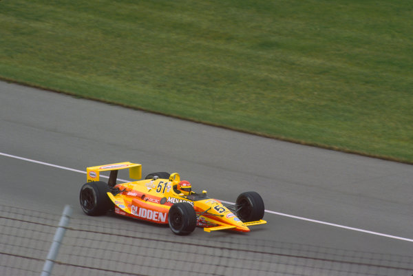 1991 Indianapolis 500. Indianapolis Motor Speedway, Indiana, USA. 26th May 1991. Gary Bettenhausen (Lola T9100-Buick), retired, action. World Copyright: Bill Murenbeeld/LAT Photographic.