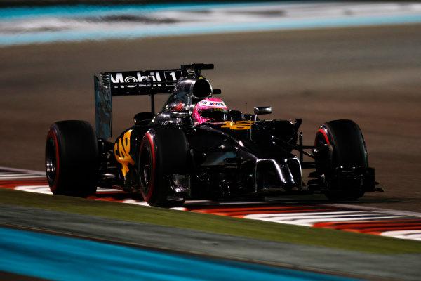 Yas Marina Circuit, Abu Dhabi, United Arab Emirates. Saturday 22 November 2014. Jenson Button, McLaren MP4-29 Mercedes. World Copyright: Glenn Dunbar/LAT Photographic. ref: Digital Image _W2Q5780