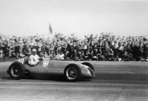1950 British Grand Prix.Silverstone, Great Britain. 13 May 1950.Emmanuel de Graffenried (Maserati 4CLT/48). Ref-3734A #14.World Copyright - LAT Photographic