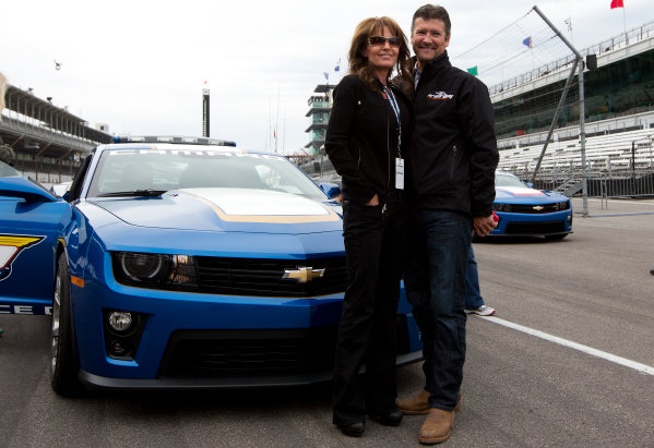 25  May, 2013, Indianapolis, Indiana, USA Todd and Sarah Palin pose in front of the Camaro pace car after a ride from 1963 Indy 500 winner Parnelli Jones © 2013, Michael L. Levitt LAT Photo USA