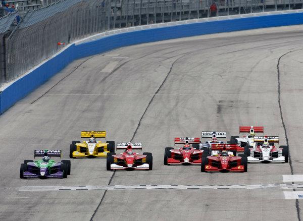 14-15 June, 2013, West Allis, Wisconsin USA Zach Veach leads at the start ©  LAT Photo USA