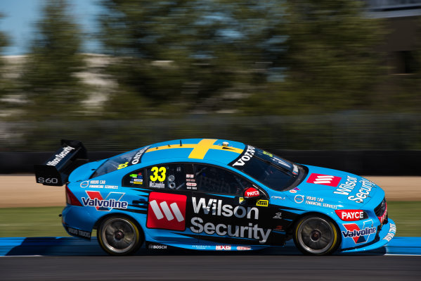 2015 V8 Supercars Round 12. Auckland 500, Pukekohe Park Raceway, Auckland, New Zealand. Friday 6th November - Sunday 8th November 2015. Scott McLaughlin drives the #33 Wilson Security Racing GRM Volvo. World Copyright: Daniel Kalisz/LAT Photographic  Ref: Digital Image V8SCR12_AUCKLAND500_DKIMG0250.JPG