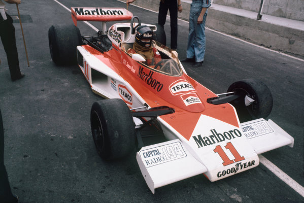 Brands Hatch, England. 16th - 18th July 1976.  James Hunt (McLaren M23-Ford), Disqualified, action.  World Copyright: LAT Photographic.  Ref: 76 GB 37.