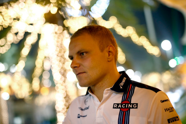 Bahrain International Circuit, Sakhir, Bahrain. Friday 17 April 2015. Valtteri Bottas, Williams F1. World Copyright: Glenn Dunbar/LAT Photographic. ref: Digital Image _W2Q7330