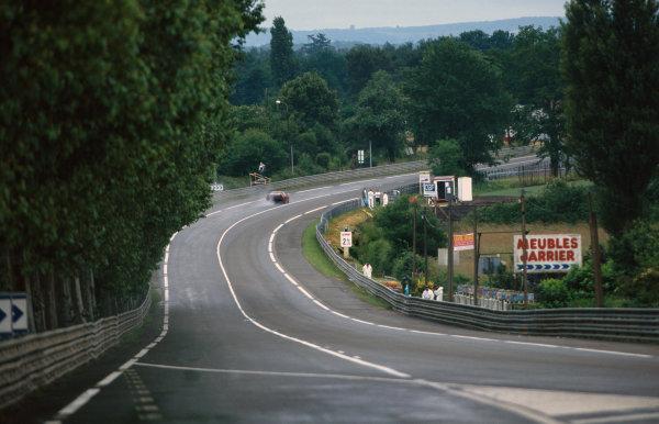 1995 Le Mans 24 Hours. Le Mans, France. 17th - 18th June 1995. A car passes through Tertre Rouge, action. World Copyright: LAT Photographic. Ref:  95LM24