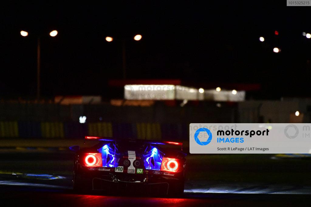 #67 Ford Chip Ganassi Racing Ford GT: Andy Priaulx, Harry Tincknell, Tony Kanaan, Test
