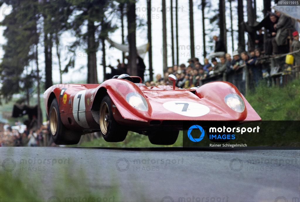 Pedro Rodriguez / Chris Amon, Ferrari 312P.