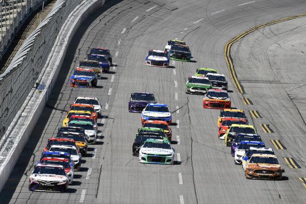 #11: Denny Hamlin, Joe Gibbs Racing, Toyota Camry FedEx Ground