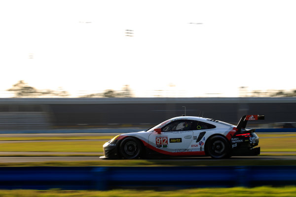 2017 WeatherTech Sportscar Championship December Daytona Testing Tuesday 5 December 2017 #912 Porsche Team North America Porsche 911 RSR: Patrick Pilet, Laurens Vanthoor  World Copyright: Alexander Trienitz/LAT Images  ref: Digital Image 2017-IMSA-Test-Dayt-AT1-0940