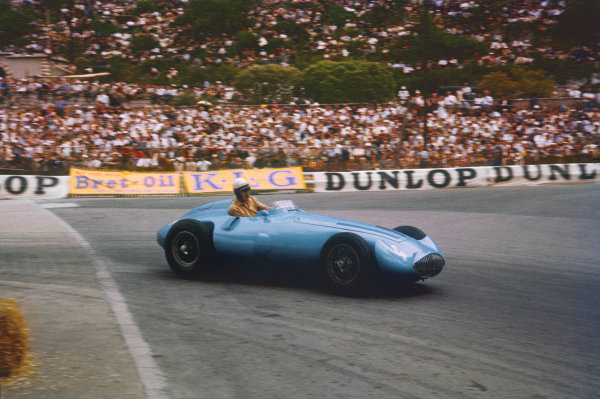 Monte Carlo, Monaco. 10-13 May 1956. Andre Pilette (Gordini Type 32) 6th position shared with Elie Bayol. Ref: 56MON09. World Copyright - LAT Photographic