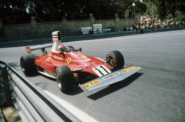 Montjuich Park, Barcelona, Spain. 25-27 April 1975. Clay Regazzoni, Ferrari 312T. Ref: 75ESP02. World Copyright - LAT Photographic