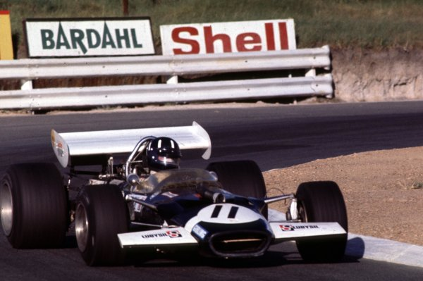 1970 South African Grand Prix.Kyalami, South Africa.5-7 March 1970.Graham Hill (Lotus 49C Ford) 6th position.Ref-70 SA 04.World Copyright - LAT Photographic