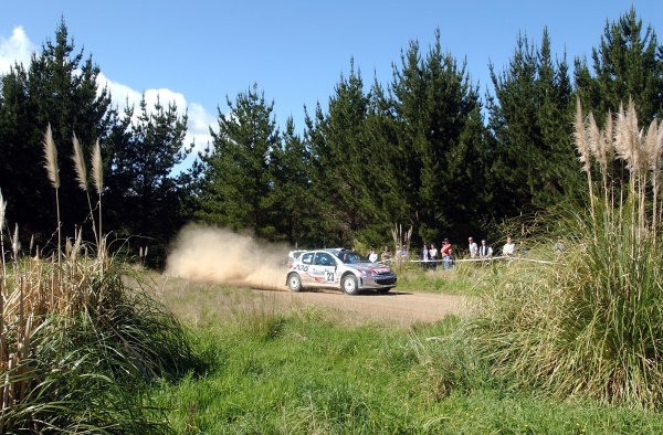 2002 World Rally Championship.Propecia Rally of New Zealand, Auckland, October 3rd-6th.Gilles Panizzi on stage 21.Photo: Ralph Hardwick/LAT