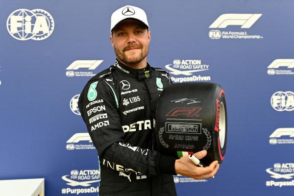 Pole man Valtteri Bottas, Mercedes, with hhis Speed King award