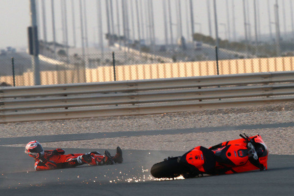 Iker Lecuona, KTM Tech3 crash.