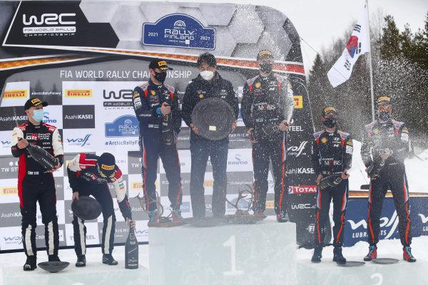 Ott Tänak (EST), Martin Järveoja (EST), Thierry Neuville (BEL), Hyundai World Rally Team, Hyundai i20 Coupe WRC 2021, Kalle Rovanperä (FIN), Janne Halttunen (FIn), Toyota Gazoo Racing WRT, Toyota Yaris WRC 2021