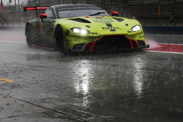 #98 Aston Martin Racing Aston Martin Vantage: Alex Lynn, Maxime Martin, Ross Gunn
