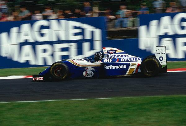 1994 Italian Grand Prix.Monza, Italy.9-11 September 1994.Damon Hill (Williams FW16B Renault) 1st position.Ref-94 ITA 17.World Copyright - LAT Photographic
