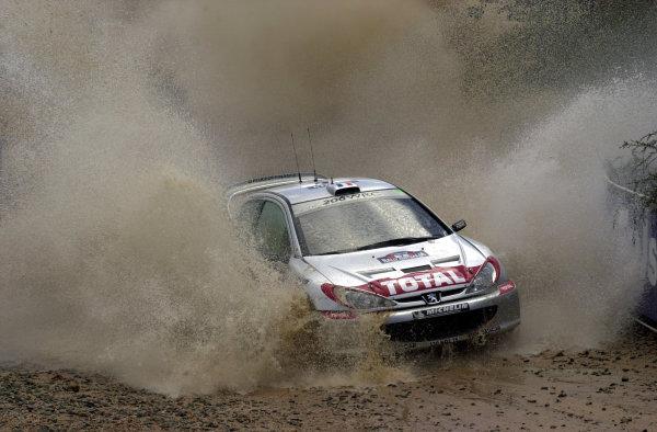 2001 World Rally ChampionshipTelstra Rally Australia, Perth, WA. 1-4 November 2001.Didier Auriol on the final stage.Photo: Ralph Hardwick/LAT