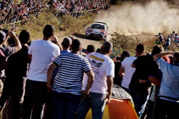 Fans and Jari-Matti Latvala (FIN) / Miikka Anttila (FIN), Toyota Gazoo Racing Toyota Yaris WRC at World Rally Championship, Rd5, Rally Argentina, Day Two, Villa Carlos Paz, Cordoba, Argentina, 29 April 2017.