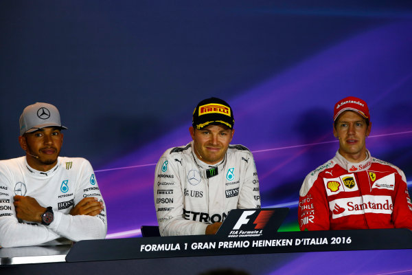 Autodromo Nazionale di Monza, Italy. Sunday 04 September 2016. The post-race press conference. L-R: Lewis Hamilton, Mercedes AMG, Nico Rosberg, Mercedes AMG and Sebastian Vettel, Ferrari.  World Copyright: Andy Hone/LAT Photographic ref: Digital Image _ONZ7046
