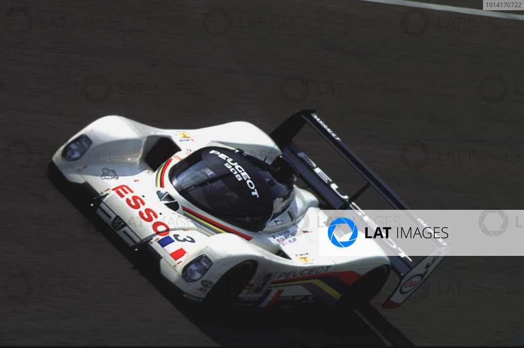 Le Mans, France. 19th - 20th June 1993. Christophe Bouchut/Geoff Brabham/Eric Helary (Peugeot 905 Evo 1), 1st position, action.  World Copyright: LAT Photographic. Ref:  93LM21