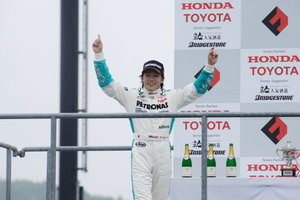 Round 3 & 4 - Twin Ring Motegi.22nd - 23rd May 2010.Rd 4 Winner Yuji Kunimoto ( #1 PETRONAS TEAM TOM'S ) podium.World Copyright: Yasushi Ishihara/LAT Photographicref: Digital Image 2010JF3_R4_003