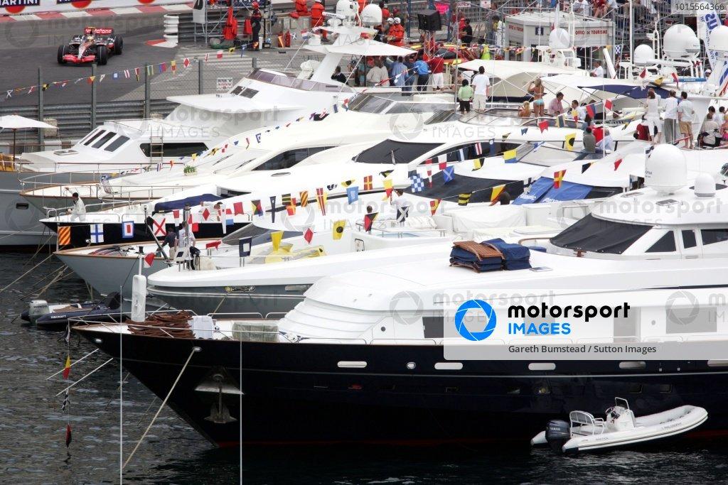 Fernando Alonso (ESP) McLaren Mercedes MP4/22. Formula One World Championship, Rd 5, Monaco Grand Prix, Qualifying Day, Monte-Carlo, Monaco, Saturday 26 May 2007. DIGITAL IMAGE