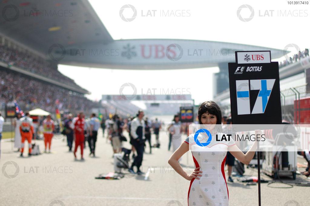 Shanghai International Circuit, Shanghai, China Sunday 14th April 2013 Grid Girl. World Copyright: Glenn Dunbar/LAT Photographic ref: Digital Image _G7C8065