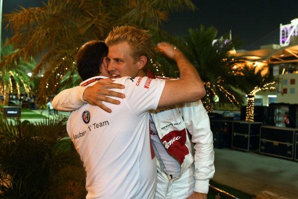 Marcus Ericsson (SWE) Alfa Romeo Sauber F1 Team celebrates at the end of the race with Frederic Vasseur (FRA) Alfa Romeo Sauber F1 Team, Team Principal