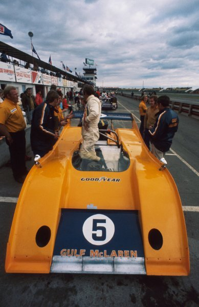 Denny Hulme (NZL) McLaren M20 Chevrolet finished in 2nd place. Can-Am Championship, Edmonton, Canada, 1 October 1972.