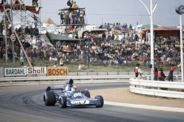 Kyalami, South Africa. 1-3 March 1973.Jackie Stewart (Tyrrell 006-Ford Cosworth), 1st position, action. World Copyright: LAT PhotographicRef: 73SA08