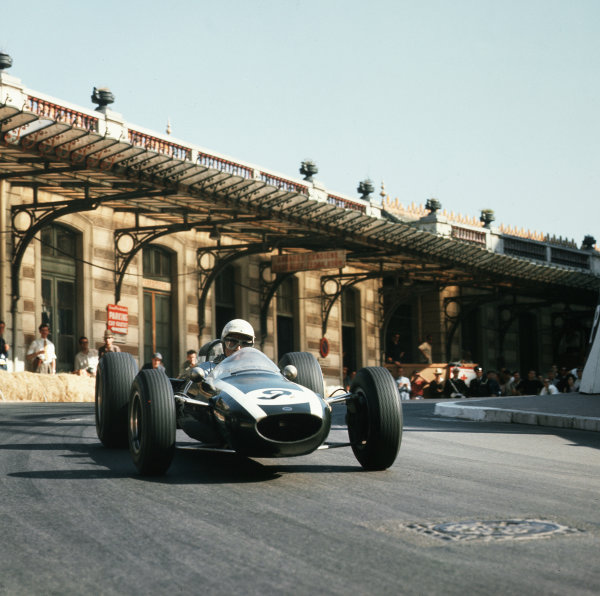 Monte Carlo, Monaco.7-10 May 1964.Phil Hill (Cooper T73 Climax).Ref-3/1216.World Copyright - LAT Photographic