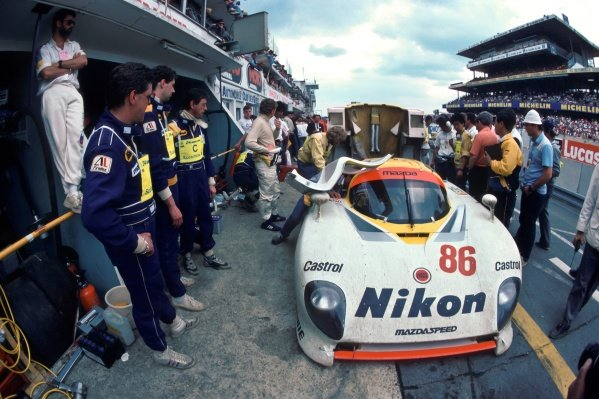 David Kennedy (IRL) / Jean-Michael Martin (BEL) / Philippe Martin (BEL) Mazda 737C makes a pit stop. Le Mans 24 Hours, Le Mans, France, 15 - 16 June 1985.