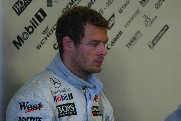 Alex Wurz (AUT) McLaren MP4 17 Formula One Testing , 12 - 15 December 2002Jerez, Spain.DIGITAL IMAGE
