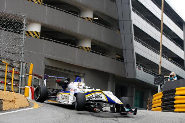 2015 Macau Formula 3 Grand Prix Circuit de Guia, Macau, China 18th - 22nd November 2015 Kenta Yamashita (JPN) Tom???s Dallara Toyota World Copyright: XPB Images/LAT Photographic ref: Digital Image 2015-Macau-F3-AT1-0716
