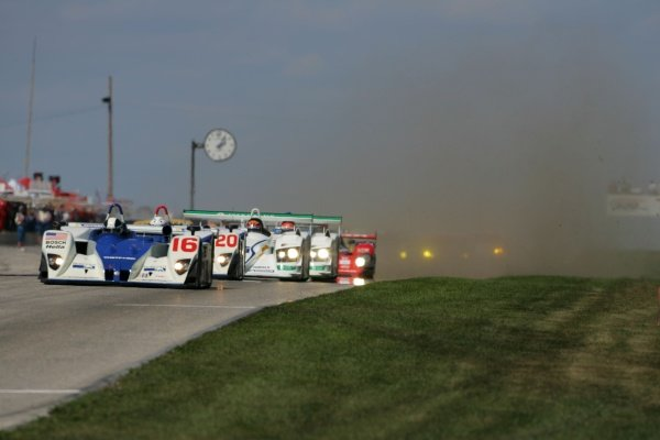 The start of the race.American Le Mans Series, Rd7, Road America, Elkhart Lake, USA, 19-21 August 2005.DIGITAL IMAGE