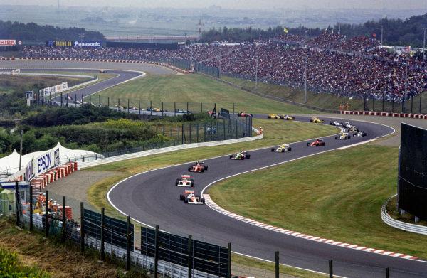 Alain Prost, McLaren MP4/5 Honda leads Ayrton Senna, McLaren MP4/5 Honda.
