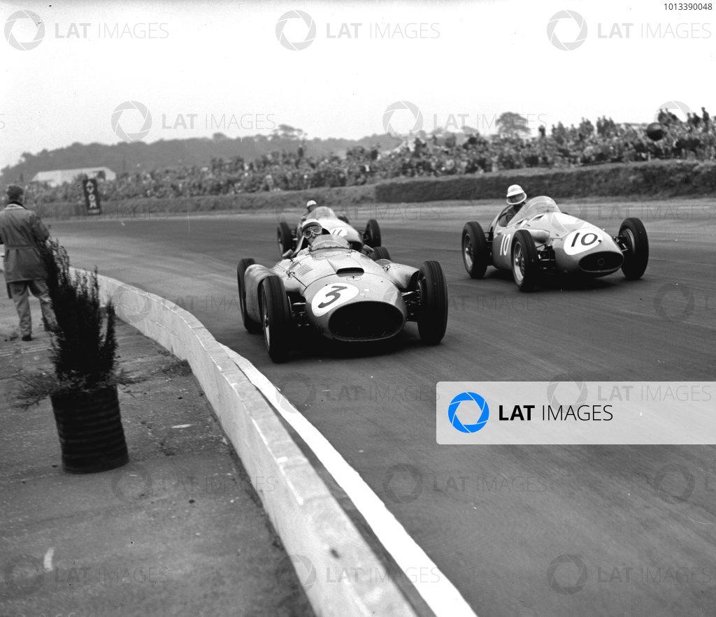 Silverstone, England.12-14 July 1956.Eugenio Castellotti (Lancia-Ferrari D50 801) leads Francesco