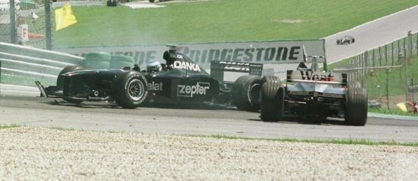 1998 Austrian Grand Prix.A1-Ring, Zeltweg, Austria.24-26 July 1998.Mika Salo (Arrows A19) collides with David Coulthard (McLaren MP4/13 Mercedes-Benz).World Copyright - Steve Etherington/LAT Photographic