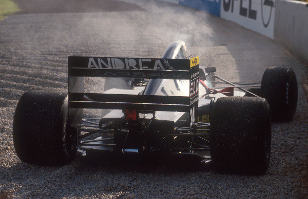 1992 Spanish Grand Prix.Catalunya, Barcelona, Spain.1-3 May 1992.Roberto Moreno's Andrea Moda S921 Judd in the gravel. He failed to pre-qualify.Ref-92 ESP 09.World Copyright - LAT Photographic