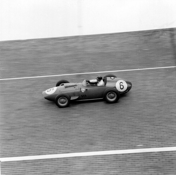 1959 German Grand Prix.Avus, Berlin, Germany.31/7-2/8 1959.Dan Gurney (Ferrari Dino 246) 2nd position on the banked North Turn.Ref-4679B/W.A Race Through Time exhibition number 69.World Copyright - LAT Photographic