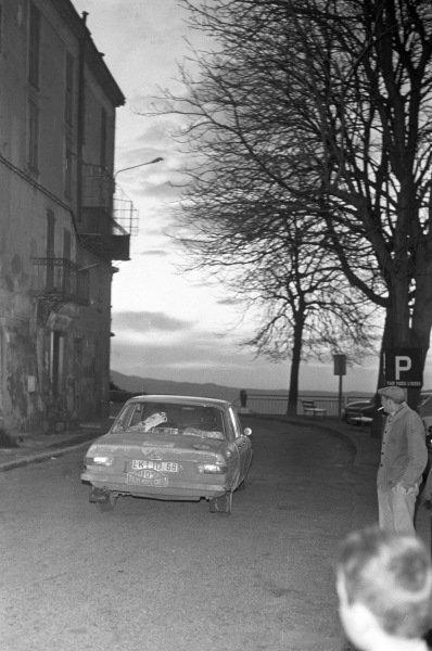 Hans Schüller / Wellmann, Audi 100.