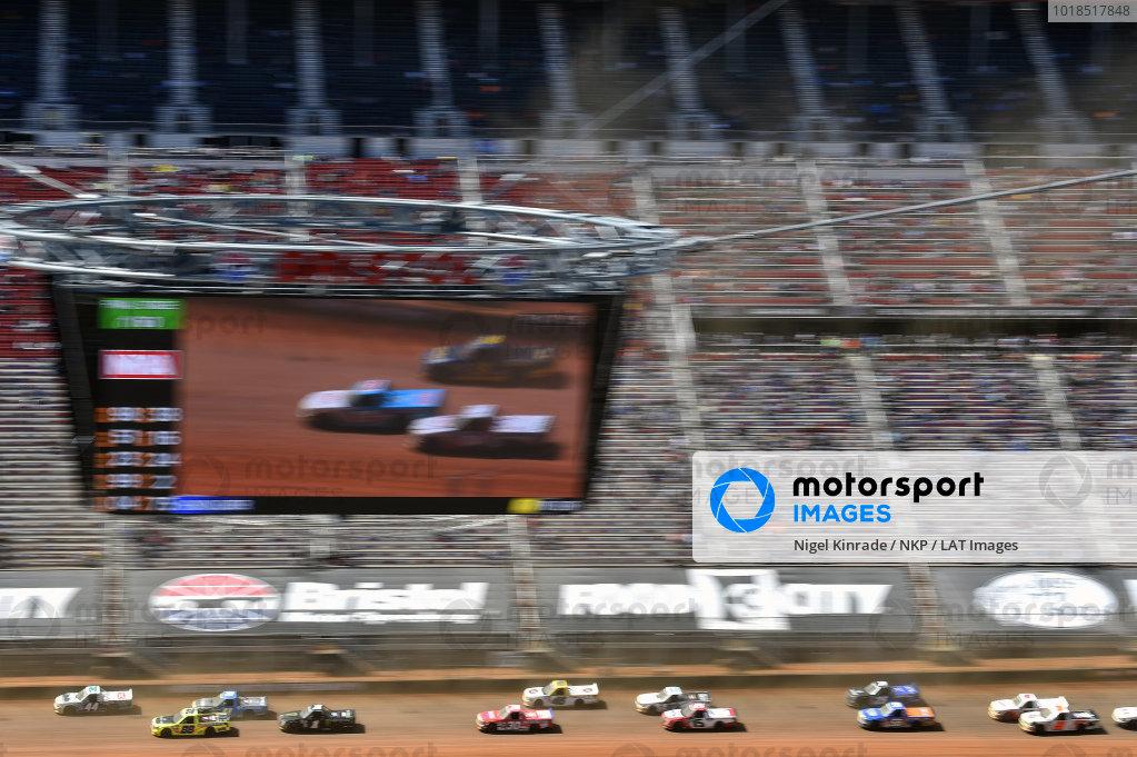 #88: Matt Crafton, ThorSport Racing, Toyota Tundra ThorSport Racing, #1: Hailie Deegan, Team DGR, Ford F-150 Monster Energy