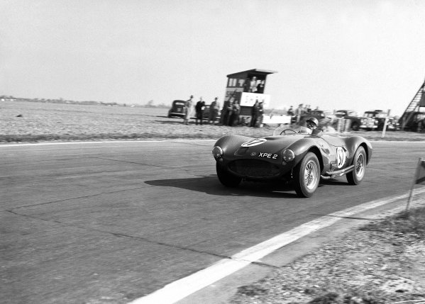 1956 Easter Monday meeting.Sports Car race.Goodwood, Great Britain.George Abecassis (HWM).Ref: 780/14World Copyright - LAT Photographic
